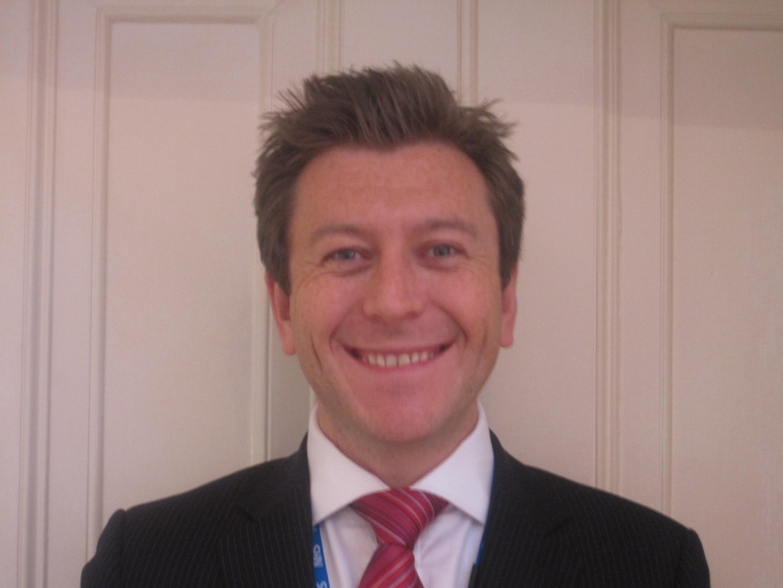 Dr Glyn Thomas