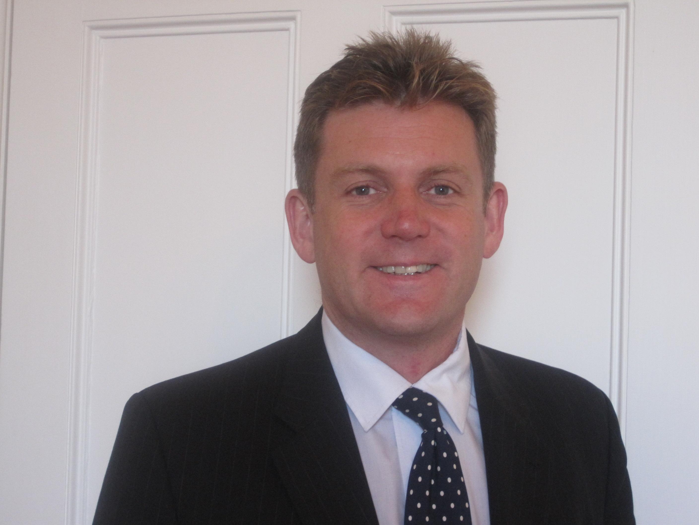 Dr Nick Maskell