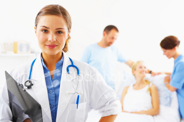 istockphoto_3709313-close-up-of-a-female-doctor-smiling
